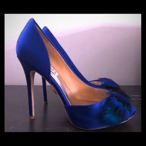 Badgley Mischka blue Piper pumps Peacock Feathers